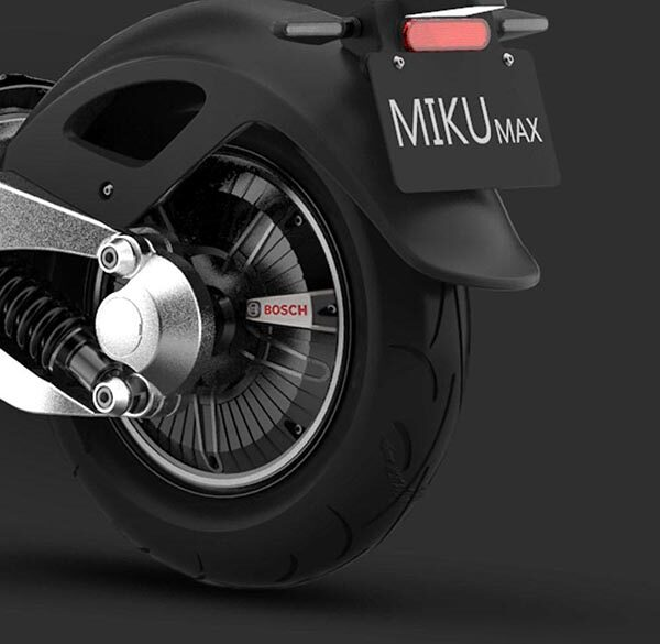 miku-max-design-05